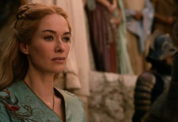 Game of Thrones'un Cersei Lannister'ı Kasabian'ın klibinde!